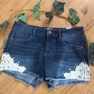 No Boundaries Cut Off Jean Shorts W/Lace & Pearls